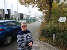 Fietser klem ondanks verbreding Roosendaalse Leemstraat