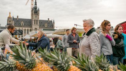 Morgen komen vier BV's naar de donderdagse markt: Sergio vervangt Wendy Van Wanten