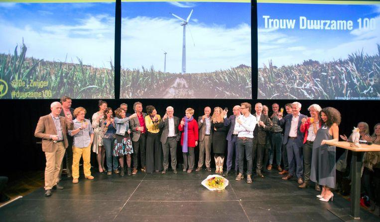 Winnaars, juryleden en medewerkers van de Duurzame 100. Beeld Werry Crone