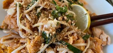 Take-away recensie: Nimman, de beste Aziaat van 't stad? Als je de Pad Thai met kip en banana pancakes bestelt zeker!