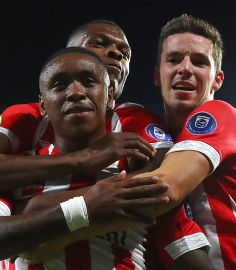 Wie het eerst juicht van de titelkandidaten is duidelijk: PSV