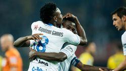 VIDEO: Kalu loodst Gent en debuterende Vanderhaeghe met twee goals voorbij Waasland-Beveren