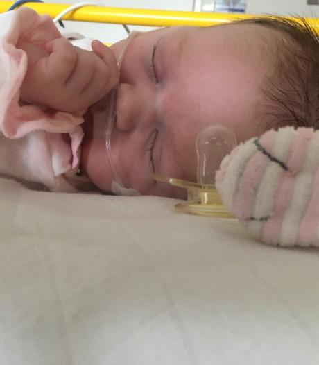 Vaccinatie kinkhoest: peuter Bo Stals uit Aarle-rixtel kreeg ziekte van haar moeder