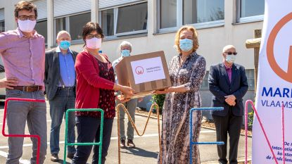 Marnixring schenkt mondmaskers aan Geraardsbergse zorginstellingen