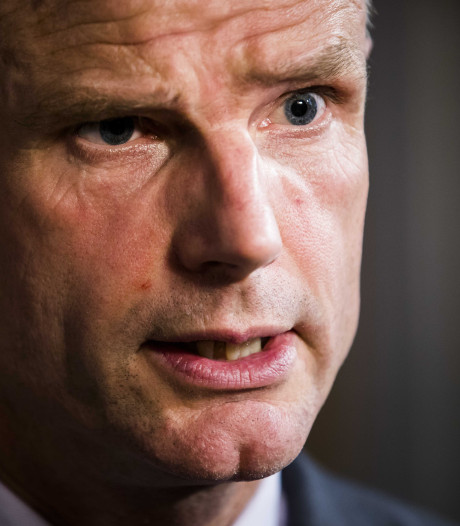 Minister Blok: Heel spannend of May het redt