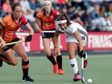Hockeysters Oranje-Rood gaan verder met zege