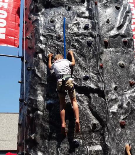 Schieten en klimmen bij Rongen tijdens Ons Plattelandsrondje