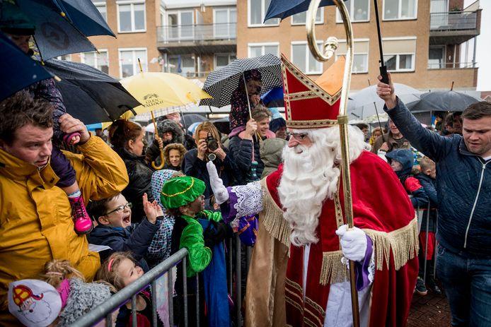 Van Mijtertocht Tot Sint Als Kunstwerk Intocht Sinterklaas In Borne Gaat Dit Jaar Net Even Anders Borne Tubantia Nl