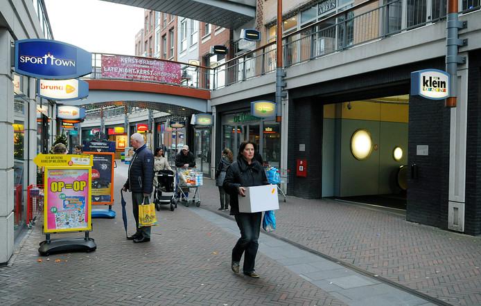 Koopzondag in De Meent in Papendrecht.