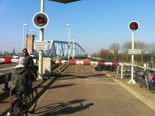 Brug Sas van Gent weer open