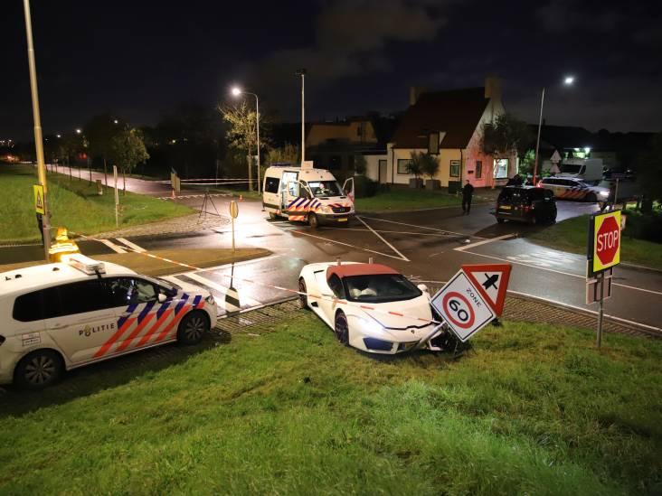 Bruiloftsgast (23) uit Zaltbommel bespuugt beveiligingsbeambte nadat Lamborghini crasht
