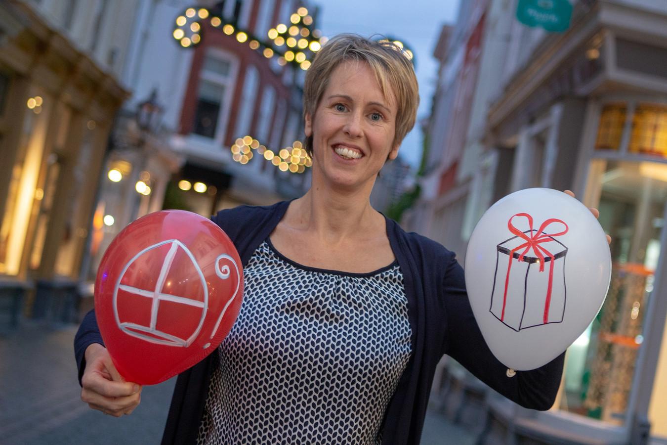 Monique Franken van SpeeLeven organiseert een gratis Sinterklaas workshop voor kinderen die anders met speelgoed en prikkels omgaan.