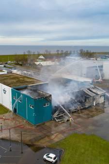 Van der Lee op Urk schat schade na brand op zeker een miljoen euro