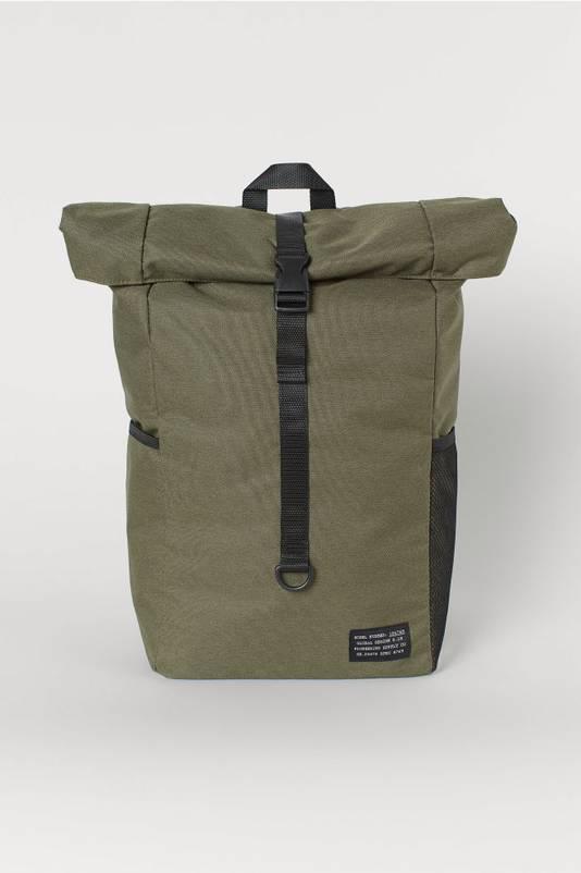Un sac à dos enroulable de la marque H&M. Prix: 29,99 euros.