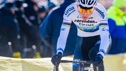 Mathieu van der Poel begint mountainbikeseizoen met derde plaats
