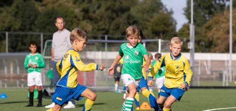 'Rijdende ouders horen bij uitwedstrijden bij teambegeleiding'