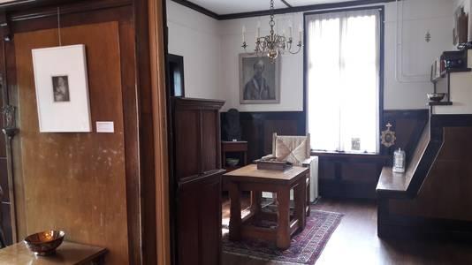 De woonkamer van het Heestershuis komt in het teken te staan van Jan Heesters in oorlogstijd.
