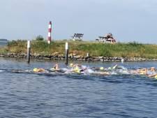 Triatleet Gert van der Vinden wint na inhaalrace in Zürich en mag naar Hawaï