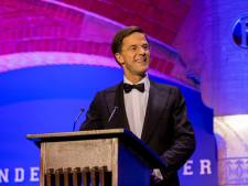 Hilarische conference Mark Rutte juichend ontvangen
