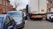 Gemeenten ergeren zich aan zwaar verkeer in dorpskernen: taskforce moet 'Waze-rijders' weren