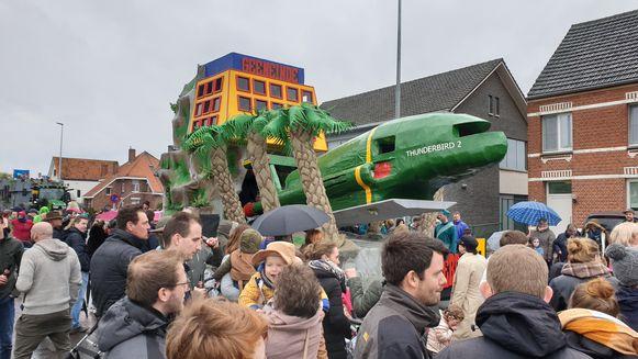 In Weelde staat ieder jaar weer de Kindercarnavalstoet op het programma.