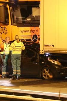 Grote vertraging in avondspits na twee ongelukken op A12