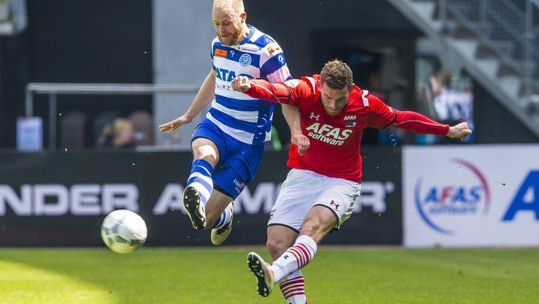 Vincent Janssen scoorde opnieuw voor AZ. Beeld anp