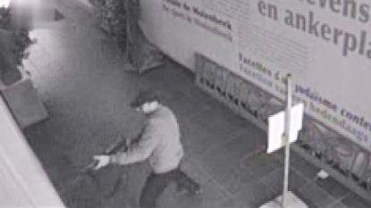 Schutter Joods Museum gebruikte twee wapens, slachtoffers werden in nek of hoofd geraakt