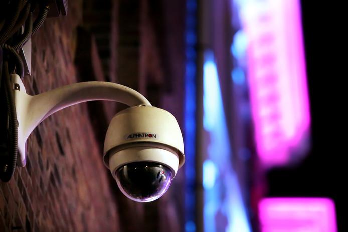 Via CrimiNee! werden camerabeelden van bedrijventerreinen en uitgaanscentra in heel Zuid-Nederland uitgekeken. © Pix4Profs/ Ramon Mangold