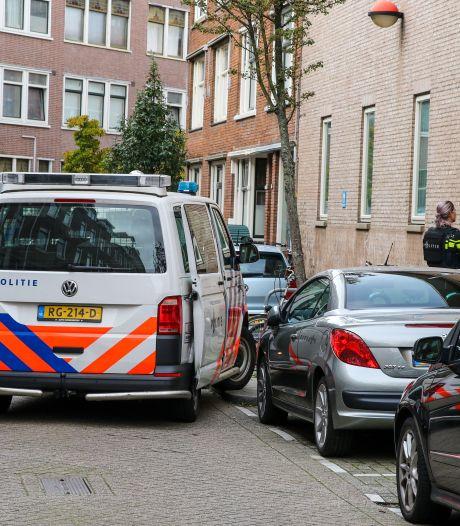 Woningovervallers binden vier personen vast: man (40) gewond, daders op de vlucht