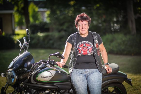 Annick Drees van de Beringse vzw 'Iron Fist Bikers for Animals'.