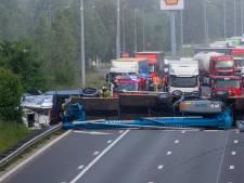 Camion sur le flanc: la E40 vers Bruxelles rouverte