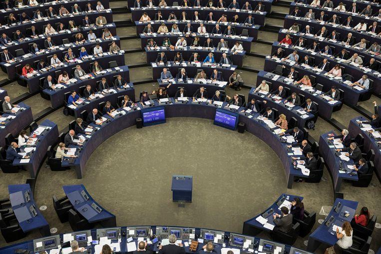 Gisteren moest het Europees Parlement stemmen in Straatsburg of er al dan niet opgetreden zou worden tegen Hongarije.