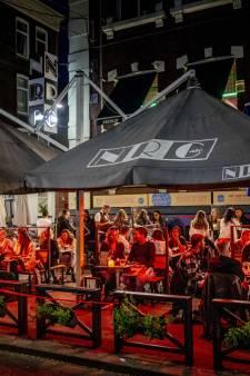 Feesten in coronaregio's met meer dan 50 man verplaatst naar andere delen van Nederland