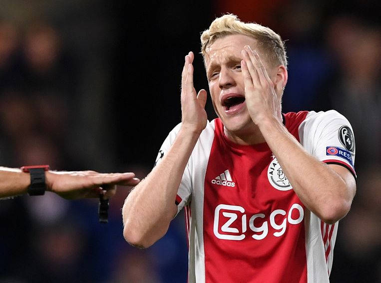Ajax blijft met heel wat frustraties achter.