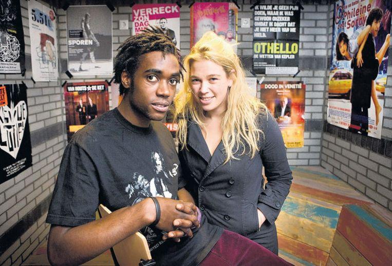 Sergio - Sonny Boy - Hasselbank en Nadine van Asbeck, ook leerling aan het Mediacollege, dat hen in vier jaar tot echte acteurs wil maken. Foto Klaas Fopma Beeld
