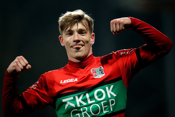 """Zian Flemming, door PEC Zwolle verhuurd aan NEC, was dit kalenderjaar in zes wedstrijden zes keer trefzeker voor de Nijmeegse eerstedivisionist: ,,Dit was een bewuste verhuur om volgend jaar rijper, dus met meer ervaring en goals, terug te keren."""""""