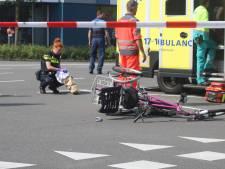 Driewieler aangereden door auto: slachtoffer zwaargewond