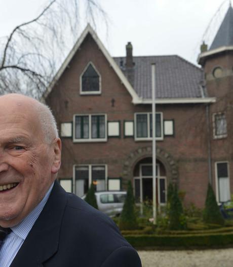 Oud-wethouder Wim van der Linde overleden