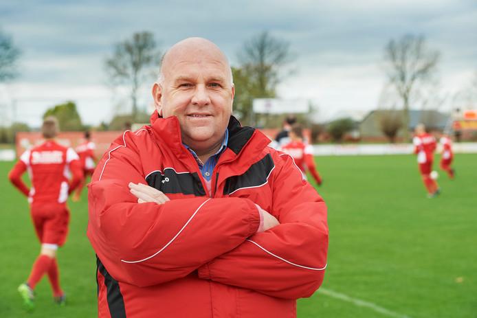 Berry van der Horst in de tijd dat hij en de Osse voetbalclub DESO nog innig verbonden waren met elkaar.