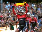 Ploeggenoten verleiden Contador met serenade