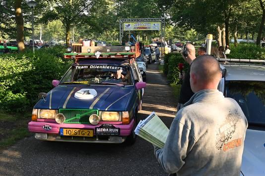 Bij de start van de MegaRun vanaf vakantiepark De Bergen.