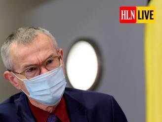 """LIVE. Verlof voor wie zich wil laten vaccineren? - Vandenbroucke: """"Er zijn nog een aantal gaten in de beveiliging tegen coronavarianten"""""""