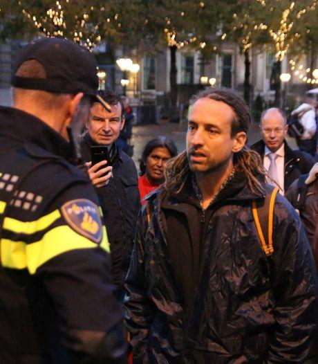 Viruswaarheid-voorman Willem Engel is vrij en wilde direct door naar nieuwe demonstratie