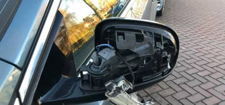 De auto van Charles is al drie keer kapotgereden in Culemborg: 'Wij raden u aan na het parkeren de spiegels in te klappen'