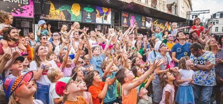 Vlasmarkt for kids (want ge kunt het niet vroeg genoeg leren)