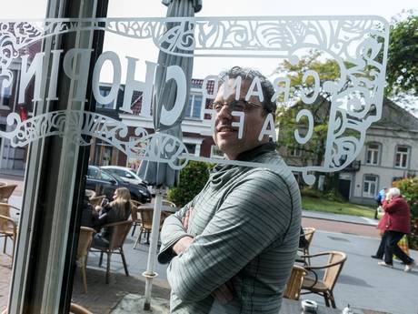 Grand café zit nieuw winkelcentrum in de weg: Chopin moet noodgedwongen dicht