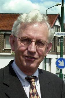 Oud-burgemeester Boxmeer Odi Bouwmans overleden