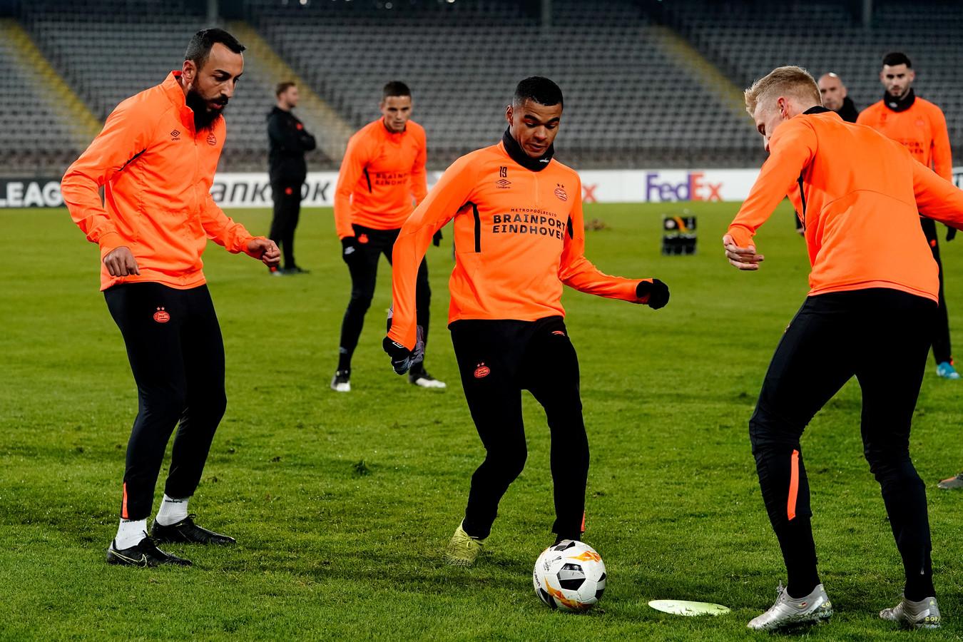 PSV trainde gisteren op het veld in Linz in aanloop naar het duel tegen LASK.