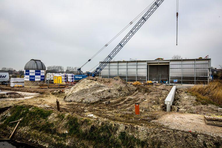 De bouw van Astropolis schiet goed op, de omgevingswerken worden in april afgerond.